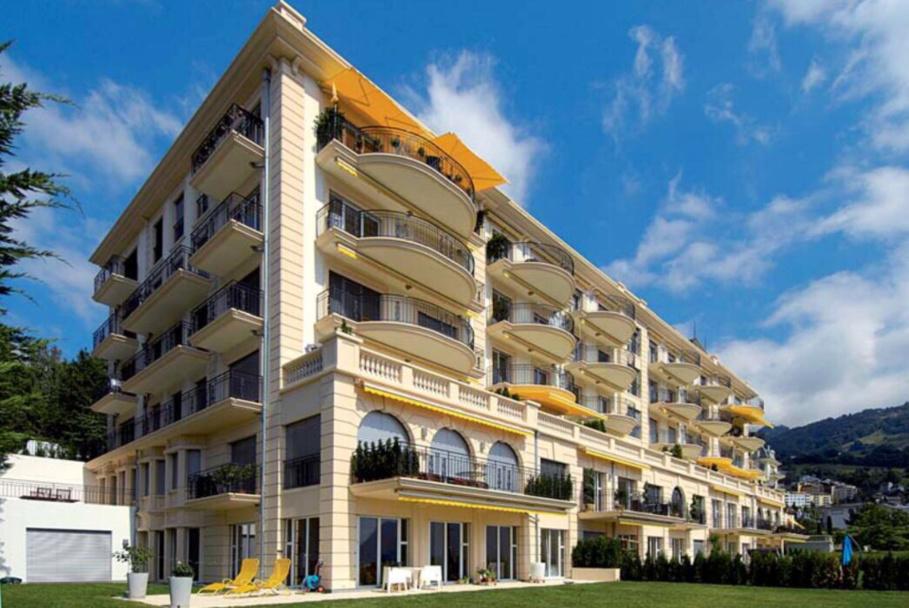 Belmont 33-37, Montreux